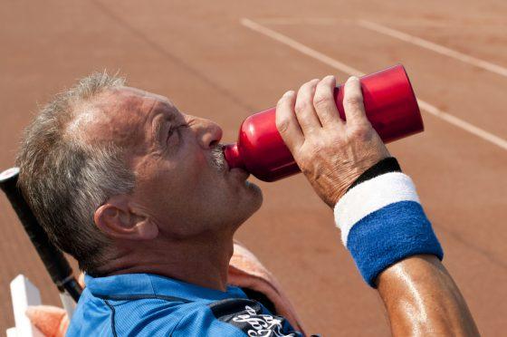 75歳男性 胃癌、食道、リンパ節、肝臓に転移。
